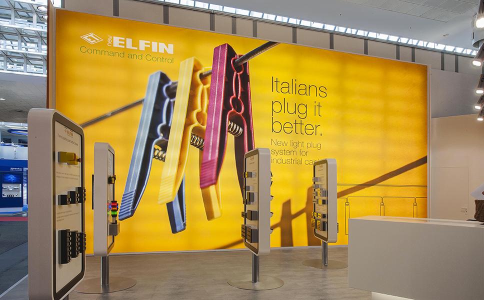 corporate ed exhibit design di New Elfin BwithC