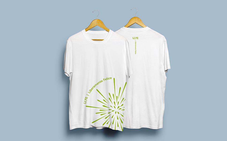 Tshirt per Alessandro Benetti life Coach con logo evidente. BwithC. Corporate image